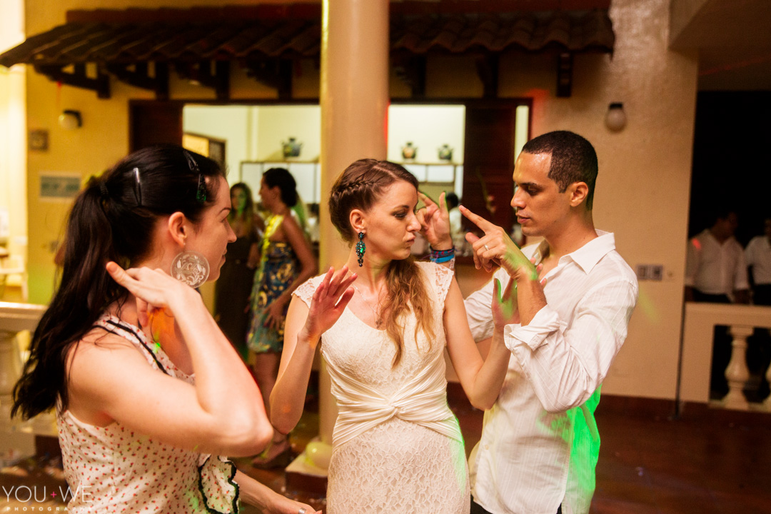 elena-josh-el-salvador-wedding-26